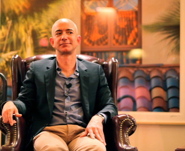The National Enquirer apparently tried to blackmail Jeff Bezos & others